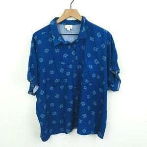 LuLaRoe Amy Short Sleeve Cube Button Up Shirt NWOT